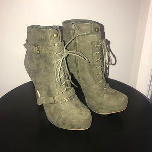 Olive Platform Boots